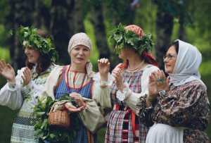 25 августа 2013 года в музее-заповеднике «Костромская слобода» состоится праздник «Цвети, Кострома».