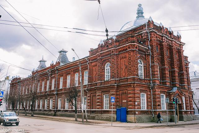 Кострома, Достопримечательности, Памятники, Духовое училище