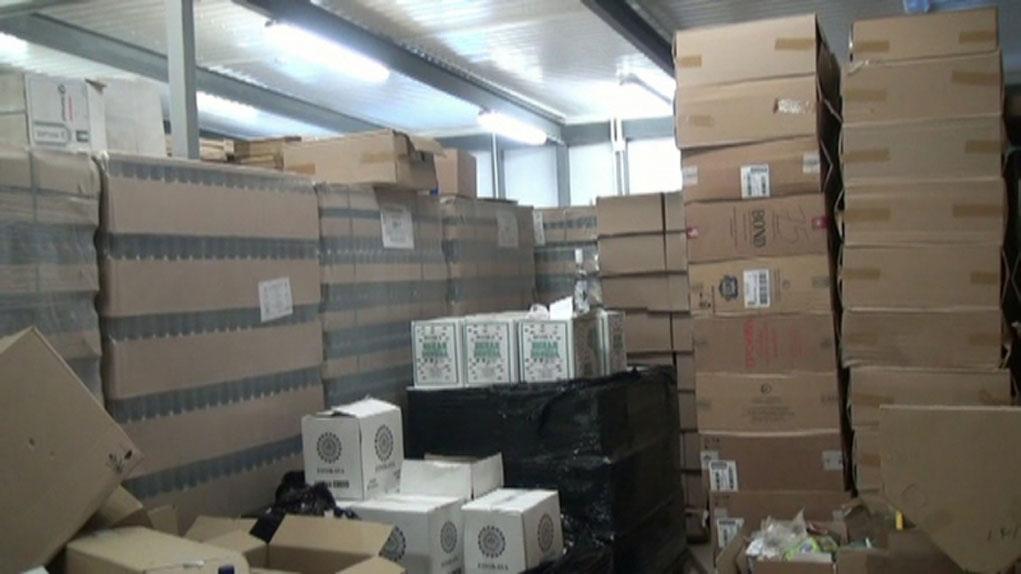 """В Костроме задержаны организаторы поставок """"левого"""" алкоголя и сигарет в область"""