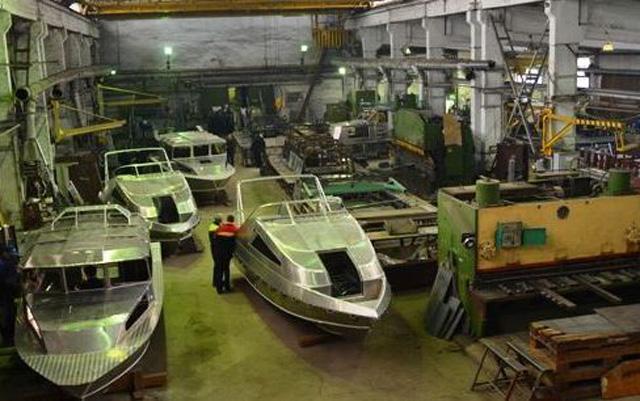 12 катеров выпустил для Минобороны Костромской завод